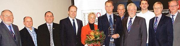 DFB Ehrenamtspreis fuer Martin Greten 20131216